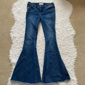 Free People Bell Bottom Flare Jeans Size 25